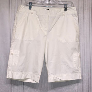 Izod Burmuda White Shorts 10